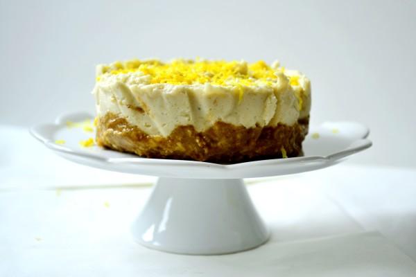 Cytrynowy sernik bez sera