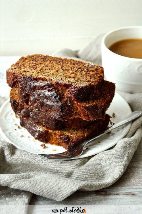 Pełnoziarniste ciasto bananowe bez cukru