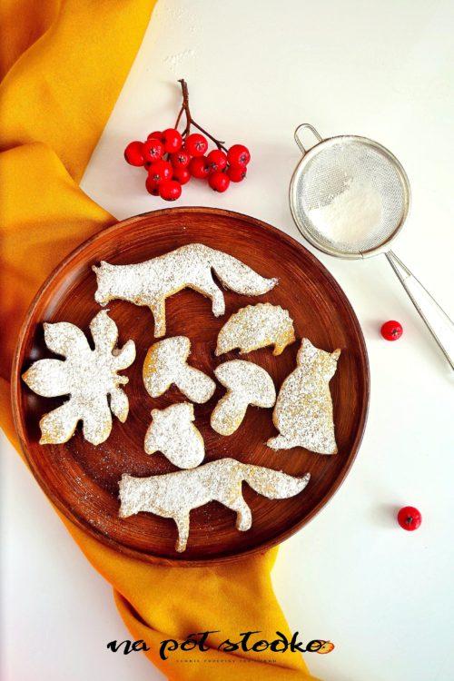 Dyniowe ciasta jaglane słodzone daktylami
