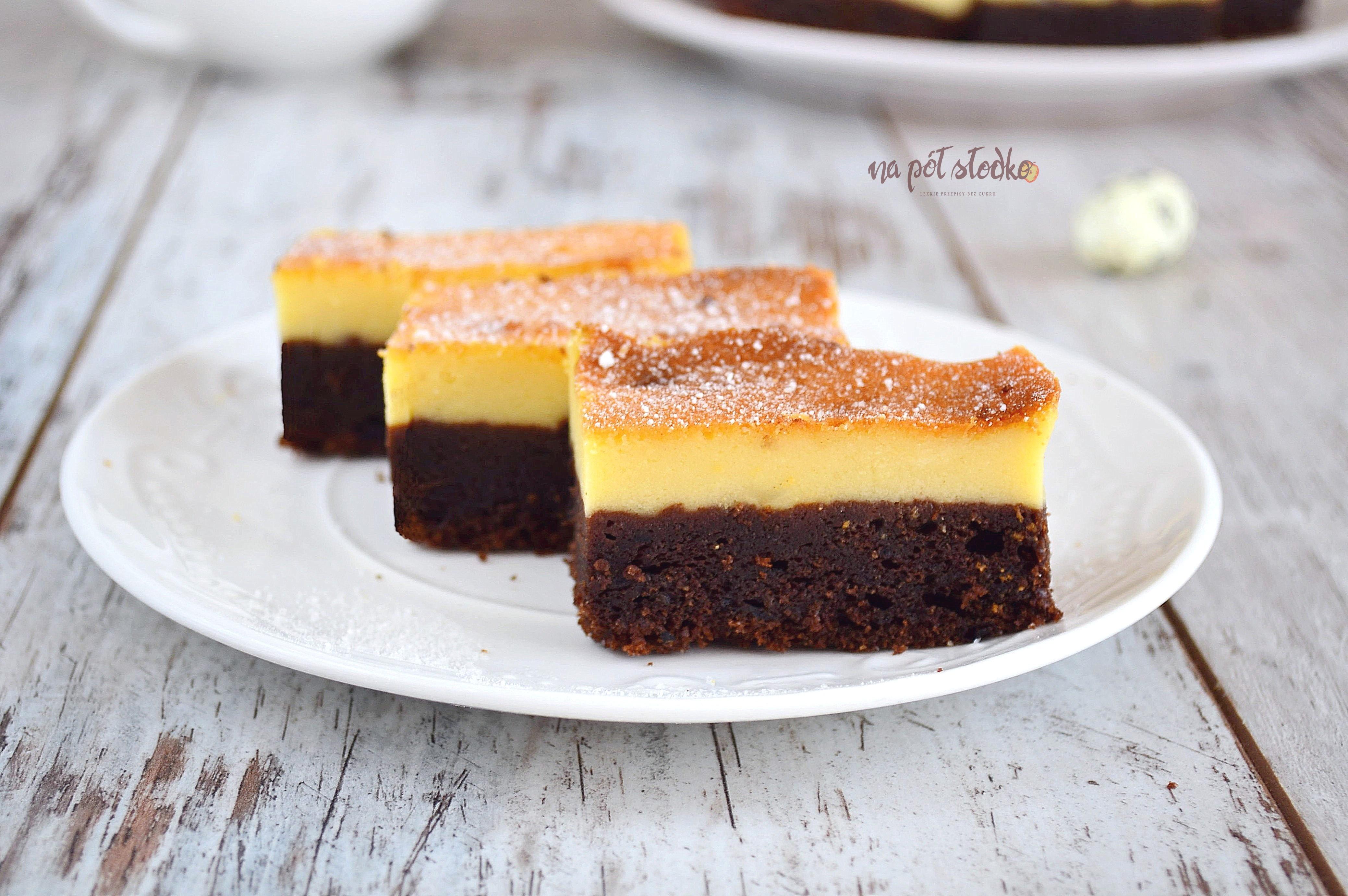 Sernik na czekoladowym spodzie bez cukru