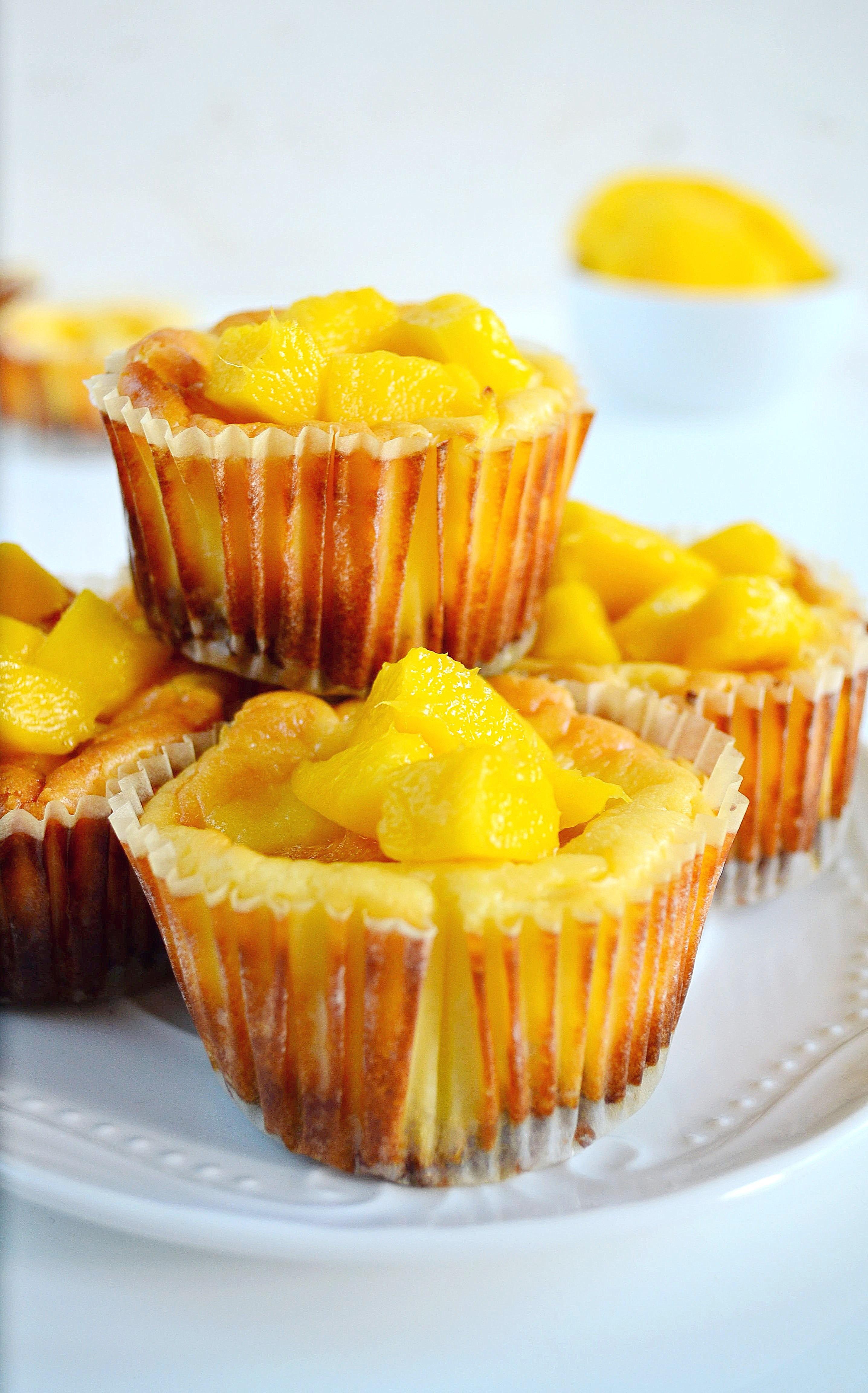 Mini serniczki z mango bez cukru