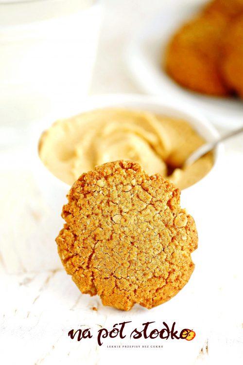 Owsiane ciasteczka z masłem orzechowym